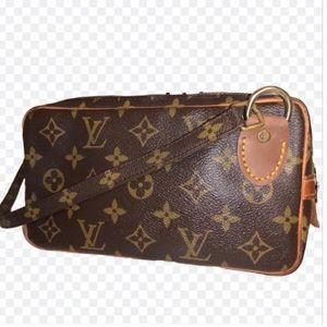 Louis Vuitton VINTAGE Marly Messenger Crossbody